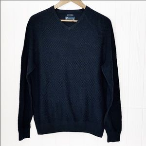Under Armour | Knit Vneck Navy Sweater